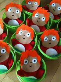 Cute favors! Ponyo hand puppet in a bucket!