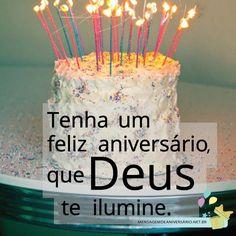 Tenha um feliz aniversário, que Deus te ilumine Bday Cards, Birthday Messages, Birthday Candles, Congratulations, Banner, Happy Birthday, Cake, Youtube, Smiley
