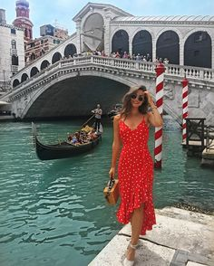 Fashion outfits ideas chic and cute outfits what to wear casual fashion ideas Europe Travel Outfits, Travel Outfit Summer, Europe Fashion, Italy Fashion, Europe Outfits Summer, Spain Fashion, Summer Vacation Outfits, Honeymoon Outfits, Honeymoon Destinations
