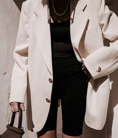 Street Style trends : Style Guide and Fashion Items You Just Need Style Guide and Fashion Items You Just Need