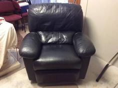 Leather Recliner Chair   Armchairs   Gumtree Australia Stirling Area - Karrinyup   1105003023