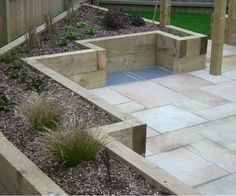 Modern Back Garden Design | Growing Designs can help you with the design of your garden and operates across Suffolk, including Ipswich,Felixstowe and Woodbridge. Call 01394 448 735 for more information.