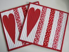 Valentines Day holds a warm spot in my Heart. I had my first date with my husband 45 years ago! I designed these Sweet Mug Rugs for your