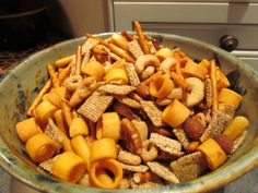 christmas snacks the nuts n bolts are made here is my moms recipe - Christmas Eve Snacks