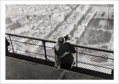 La Tour Eiffeil Paris 1929 by Andre Kertesz Andre Kertesz, Budapest, Henri Cartier Bresson, Edward Weston, Tour Eiffel, Canal Saint Martin, Martin Parr, French Photographers, Grand Palais