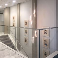 We just installed the Miro suite in the new stairwell that runs between the 35th and 36th floors of Jenner and Block. The reception area looks over the stairwell and to the right of it are the introductory pages of the Braque suite which is featured in the main conference room. Definitely fun working with the client's existing collection and making their new space come to life with these special works. #miro #georgesbraque #corporateart #artconsultant #barcelonachair #dtla #lawfirm #interior…