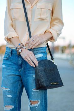 Chic weekend look: http://www.stylemepretty.com/living/2015/05/01/behind-the-blog-prosecco-plaid/ | Blogger: Prosecco & Plaid - http://proseccoandplaid.com/
