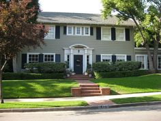 Don and Betty Draper's Suburban NY residence is actually in Pasadena, CA - and it's my dream house.