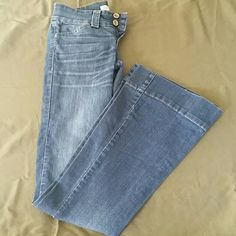 Charlotte ?usse flare jeans Very cute flare jeans barely worn !! Make an offer!! Charlotte Russe Pants Boot Cut & Flare