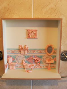 Quadro para banheiro e/ou lavabo, com apliques em resina.