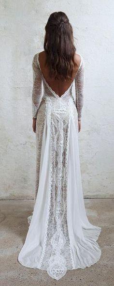 Awesome 30 Simple Beautiful Low Back Wedding Dress https://bitecloth.com/2017/10/01/30-simple-beautiful-low-back-wedding-dress/ #weddingideas