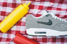 2014 Nike Air Max TAVAS ESSENTIAL 1 Men Sz 10 PHOTO BLUE