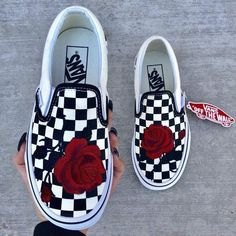 Full Rose Checker Slip On - Nike shoes - Zapatos Vans Shoes Fashion, Vans Shoes Outfit, Custom Vans Shoes, Custom Converse, Cute Vans, Aesthetic Shoes, Hype Shoes, Fresh Shoes, Vans Sneakers