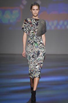 Vivienne Tam Fall 2017 Ready-to-Wear Fashion Show