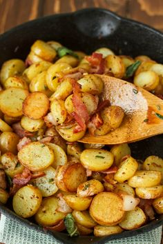 Whether for a hearty breakfast, or a side dish to a gourmet meal, these pan-fried fingerling potatoes are simple, crispy, and absolutely delicious!