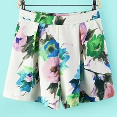 Urban Sweetheart has the most trendy clothes! These adorable shorts have a matching top...so trendy!