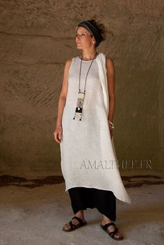 Tunique en voile de lin naturel et sarouel noir-:- AMALTHEE CREATIONS-:- n° 3381