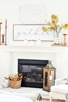 Fall home tour with lots of inspiration and ideas to use in your own home. Home decor ideas too. Fall decorating never looks easier! Fall Home Decor, Autumn Home, Home Decor Items, Holiday Decor, Empty Picture Frames, Concept Home, Fall Color Palette, Under The Table, Autumn Inspiration