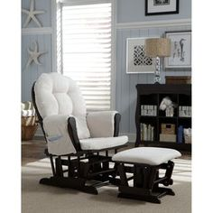 like the idea of the light blue with starfish and dark furniture, guest room idea