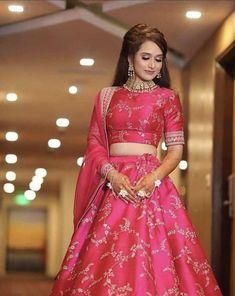 Sabyasachi Lehenga Bridal, Indian Bridal Lehenga, Indian Bridal Outfits, Indian Bridal Fashion, Lehenga Choli, Anarkali, Pink Lehenga, Silk Dupatta, Alia Bhatt Lehenga