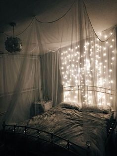 60 modern and romantic bedroom lighting decor ideas - Schlafzimmer - Bedroom Ideas Cute Room Decor, Teen Room Decor, Room Ideas Bedroom, Bed Room, Romantic Bedroom Lighting, Bedroom Decor Lights, Tumblr Bedroom Decor, Romantic Bedroom Design, Romantic Room