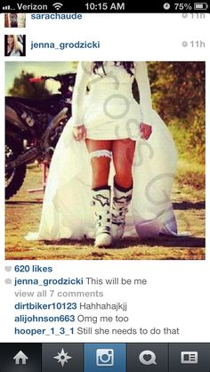 Moto life Motocross Wedding, Motocross Couple, Dirt Bike Wedding, Motocross Love, Motocross Girls, Motorcycle Wedding, Wedding Prep, Dream Wedding, Wedding Stuff