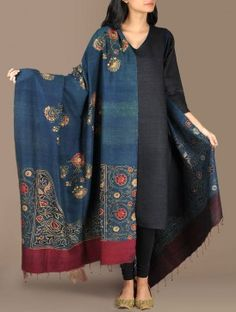 Floral Oriental Dupion Silk Dupatta Buy Teal Blue With Multi Color Accents Floral Oriental Dupion Si Silk Kurti Designs, Kurta Designs Women, Indian Attire, Indian Wear, Indian Dresses, Indian Outfits, Indian Clothes, Style Oriental, Kurta Patterns