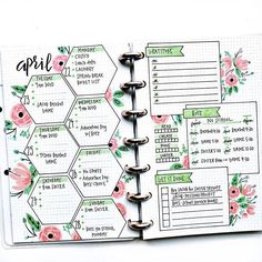 Are you searching for bullet journal ideas to keep your house clean & organized? Here are 15 bullet journal layout ideas to use as inspiration for your spring cleaning schedule. Bullet journal inspiration isn't exactly difficult to come by but there are s Bullet Journal School, Bullet Journal Banner, Bullet Journal Writing, Bullet Journal Aesthetic, Bullet Journal Ideas Pages, Bullet Journal Spread, Bullet Journal Lined Paper, Bullet Journal Lines, Bullet Journal Tracking