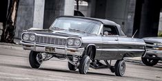 64 Chevy Impala Rag Low low Locked Up. 64 Impala Lowrider, Chevrolet Impala, Chicano, Caprice Classic, Chevrolet Ss, Old School Cars, Hot Cars, Custom Cars, Concept Cars