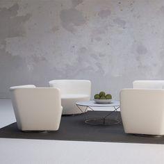 Cahoots Meet chair