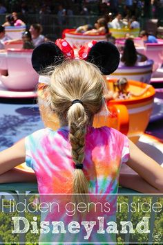 The hidden gems inside Disney! What you MUST see, do, and eat on your Disneyland vacation + how to find discount tickets!! (ad)
