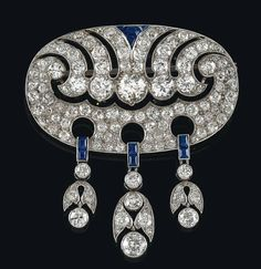 A diamond and sapphire brooch, platinum old-cut brilliants, -diamonds, total weight ca. Bijoux Art Deco, Art Deco Earrings, Art Deco Jewelry, Jewelry Design, Old Jewelry, Antique Jewelry, Jewelery, Vintage Jewelry, Art Nouveau