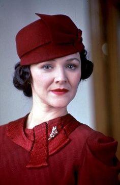 Hercule Poirot: 12 seasons of investigations Hercule Poirot, Agatha Christie's Poirot, Miranda Richardson, David Suchet, Beloved Book, Miss Marple, Best Mysteries, Crime Fiction, British Actresses