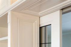 Kamer en suite op maat | Maatwerk meubelmaker Hoorn Sliding Door Design, Sliding Doors, Concealed Hinges, Tiny House, Living Room, Outdoor Decor, Modern, Furniture, Home Decor