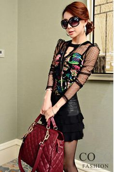 Black Floral Print Sexy Fitted Asian Fashion Blouse With Transparencies