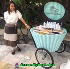 Discover thousands of images about taco cart catering Coffee Shop Design, Cafe Design, Store Design, Food Cart Design, Food Truck Design, Coffee Carts, Coffee Truck, Foodtrucks Ideas, Bike Food