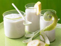 Kokos-Bananen-Smoothie - mit Cranberrys - smarter - Kalorien: 196 Kcal - Zeit: 10 Min. | eatsmarter.de Kokos und Banane - jetzt wird es exotisch!!!