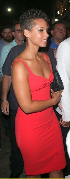 Alicia Keys.........  REGISTER FOR THE RMR4 INTERNATIONAL.INFO PRODUCT LINE SHOWCASE WEBINAR BROADCAST at: www.rmr4international.info/500_tasty_diabetic_recipes.htm    .......      Don't miss our webinar!❤........