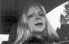Obama rozdal milosti. Propustil i Chelsea Manningovou, jež stála u kauzy WikiLeaks