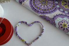 Penduricalho de coração Arteiras de Coração www.arteirasdecoracao.com.br