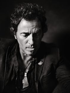This intimate portrait of Bruce Springsteen by Danny Clinch speaks to Clinch's rapport with the music icon. Check out this picture of Springsteen in Atlanta. American Music Awards, Rock And Roll, Elvis Presley, The Boss Bruce, Annie Leibovitz Photography, Bruce Springsteen The Boss, Jeff Bridges, E Street Band, Music Icon
