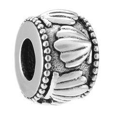 a feminine bead very beauty  http://www.disneymoment.co.uk/ariel-spacer-charm