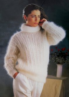 I love the clean and classy look of a woman wearing an angora garment. Fluffy Sweater, Angora Sweater, Vintage Knitting, Vintage Wool, How To Look Classy, Pullover, Knitwear, Short Hair Styles, Sweaters For Women
