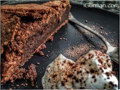 Čokoládový koláč.  http://www.igurman.com/2017/04/cokoladovy-kolac.html  Jednoduchý a zároveň chuťovo perfektný koláč #chocolatecake #CokoladovyKolac