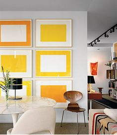 Color block picture grouping.