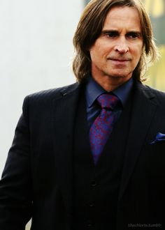 Such a crush! Like most men, Robert Carlyle just gets better with age. So much handsomer than in his Full Monty days.