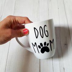 kubek, pies DOG MOM - MALYBIALY - Kubki i filiżanki