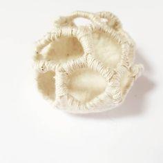 Brain fungus Merino wool and cotton thread. Textile Artists, Cotton Thread, Fungi, Felting, Merino Wool, Brain, Crafts, The Brain, Felt