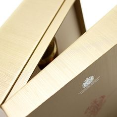Johnnie Walker Whisky, Luxury Packaging, Whiskey, Scotland, Spirit, Drinks, Box, Collection, Whisky
