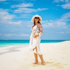 One more day in paradise! 🙌🏻💙 Mais um dia no paraíso.! 🙌🏻🌴 #maldives #maldivessand #maldivesislands #velassarumaldives #vacationmode #nadiaschwab #vivendonaarabiasaudita #orientemedio #saudiarabia #middleeast